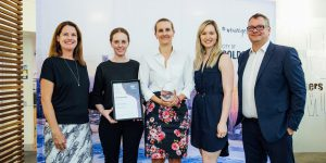 City of Gold Coast team photo with award